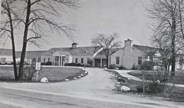 An image of the structure from 1966, showing the original central two-room school at the centre of the structure. (Image from Daily North Shore)