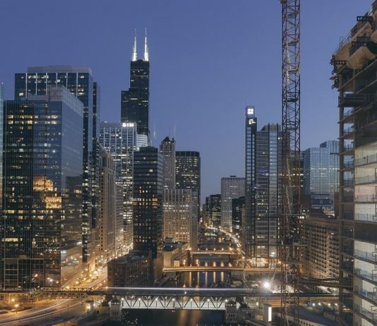 chicago construction skyline